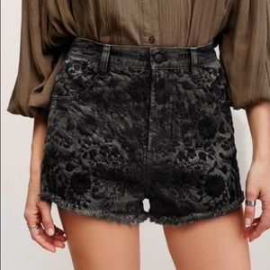 Free People Etienne Field Embroider Shorts